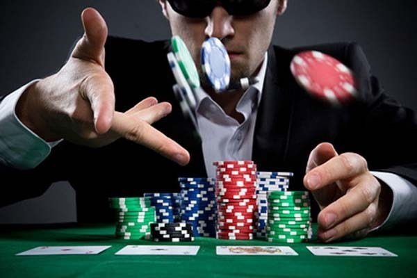 Winning At Online Poker – How to win more cash at online site